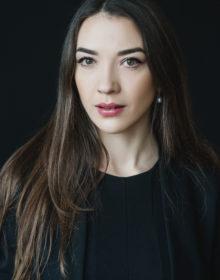 Oksana K.